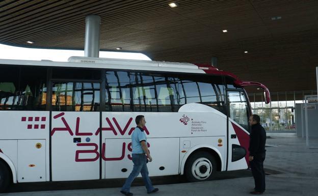 ala-bus-knS-U8010449378106tF-624x385